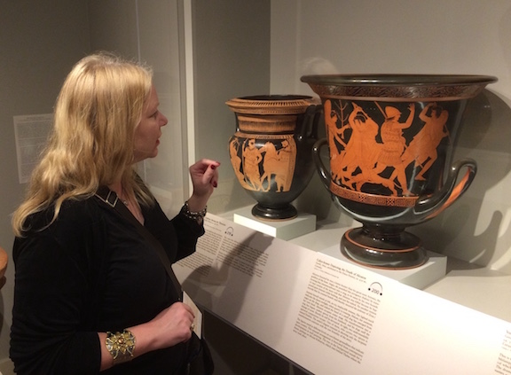 GR and vases